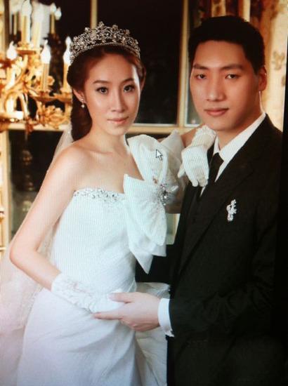 唐正东婚纱照曝光 称两人年底结婚