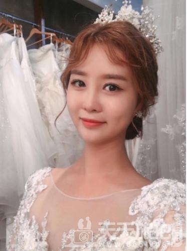 /韩式婚纱照新娘妆